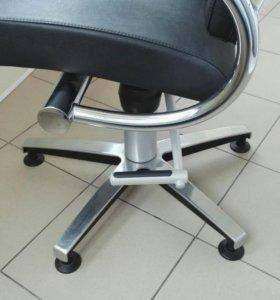 Кресло парикмахерское Welonda