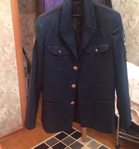 Продаю кадетскую форму, размер 40-42