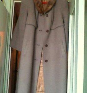 Пальто зимнее