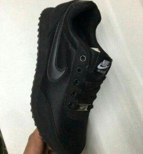 Кроссовки.Nike. Женские