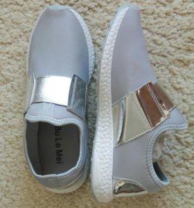 Крутые кроссовки-слипы