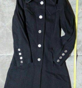 Демисезонное пальто, р.42-44(есть 2шт)