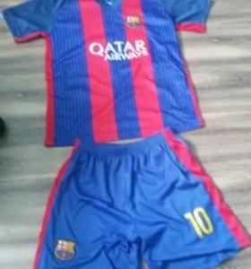 Футболка и шорты барсилоны