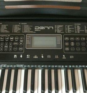 Синтезатор Denn DEK 612