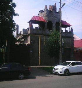 Дом, от 200 до 500 м²