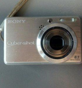 Фотоаппарат Sony с зарядкой