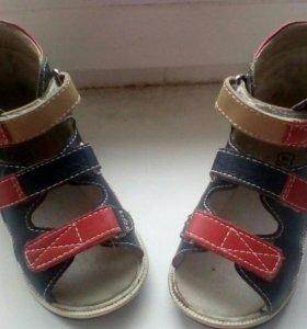 Ортопедические сандали,