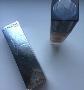Тональный крем Lancôme, лак для ногтей, тени