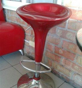 Продаю барный стул