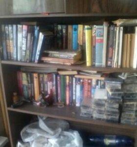 Книги,фантастика,фэнтази и детиктивы