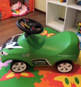 Машинка шкода новая, оригинал с автосалона