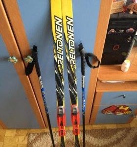 Лыжи детские с ботинками (р.31 и лыжными палками