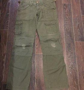 Рваные джинсы хаки 42-46 размер