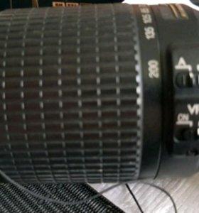 Nikon AF-S 55-200 mm f/4-5.6G IF-ED DX VR Zoom