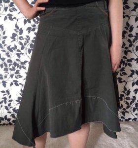 Необычная юбка в стиле милитари