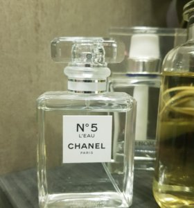 Chanel 5 l'eau