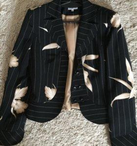Брючный костюм Burvin