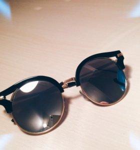 Продам солнечные очки