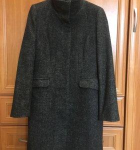 Пальто демисезонное H&M. Р-р 48