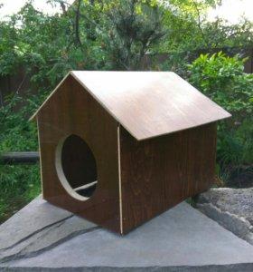 Будка для собак/кошек небольшого размера