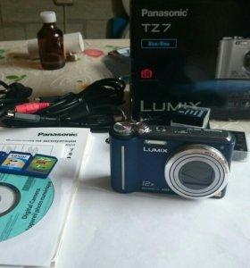 Продам фотоаппарат Panasonic Lumix TZ7 Leica