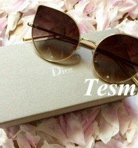 Солнцезащитные очки Chanel/Dior
