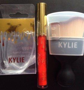 Набор Kylie кисть/спонж/помада