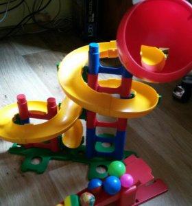 Лабиринт с шариками