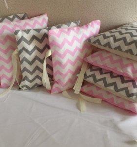 Подушки бортики в кроватку