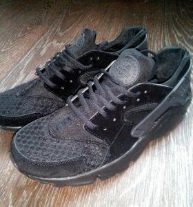 Кроссовки Nike Huarache не бу