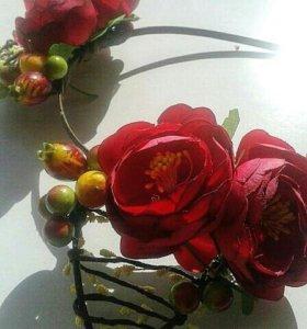 Ободок ручной работы с ушками и цветами