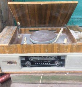 Радиола рекорд 65