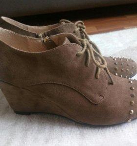 Обувь натуральная