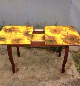 Кухонный раздвижной стол( новый)