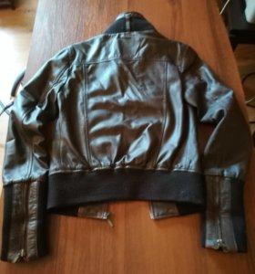 Кожаная куртка Lapel