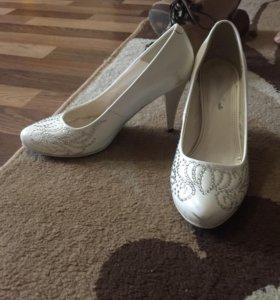 Туфли свадебные 38й