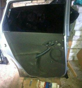 Задняя левая дверь форд фокус 1