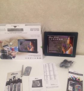 Цифровая фоторамка Ritmix RDF-970D