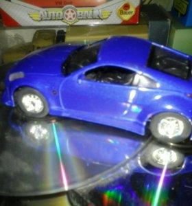Модель а/м Nissan FireLady Z350(Saico)1:43