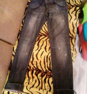 Джинсы DG 500,джинсы лав репаблик 300