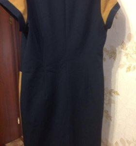 Платье- футляр