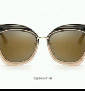 Солнечные очки кошки