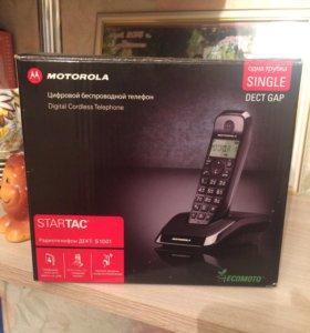 Цифровой беспроводной телефон Моторолла