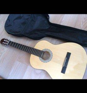 НОВАЯ акустическая гитара и чехол
