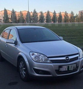 Opel Astra 2008г.