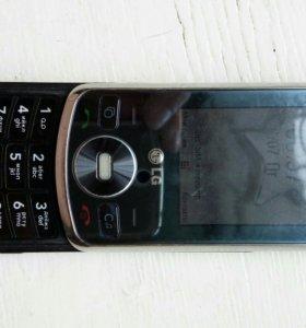 Сотовый телефон LG слайдер.