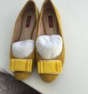 Балетки замшевые желтые