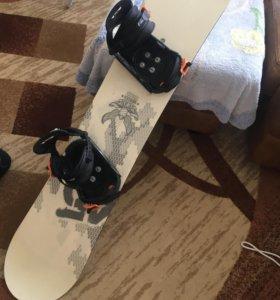 Сноуборд с комплекте с ботинками