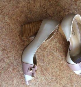 Туфли 39 размера (бренд Индиана, Бразилия)