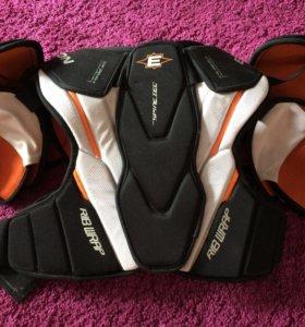 Защита нагрудник хоккейный